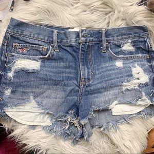 Hollister distressed short shorts size 5